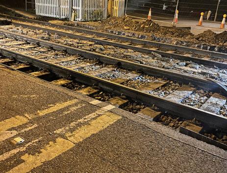 Level crossing installation systems Oakham strail